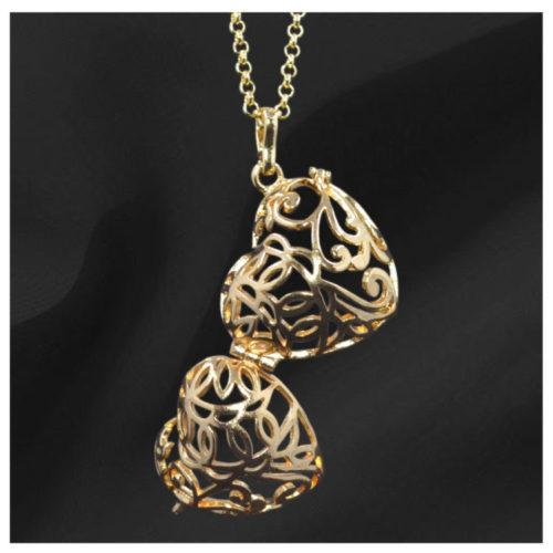 Heart Shaped Gold Gem Pendant open